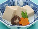 粉末だしに牛乳と味噌のうまみをプラスして、簡単においしい煮物が作れます。この1品で、1日に摂りたいカルシウムの約1/3量をカバーでき、たんぱく質もたっぷり。詳細はコチラへ